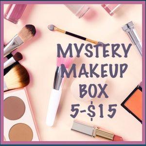 💕💄MYSTERY MAKEUP BOX 💄💕 5-$15